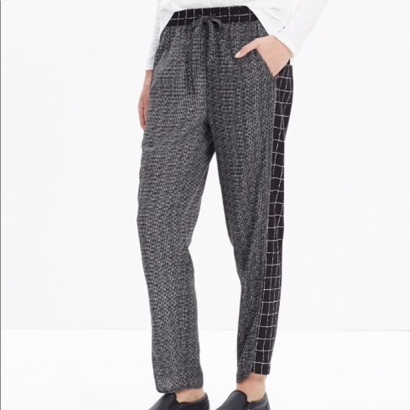 MADEWELL Cuffed Track Pants Size Medium Black Relaxed Ankle Trousers New Sz M
